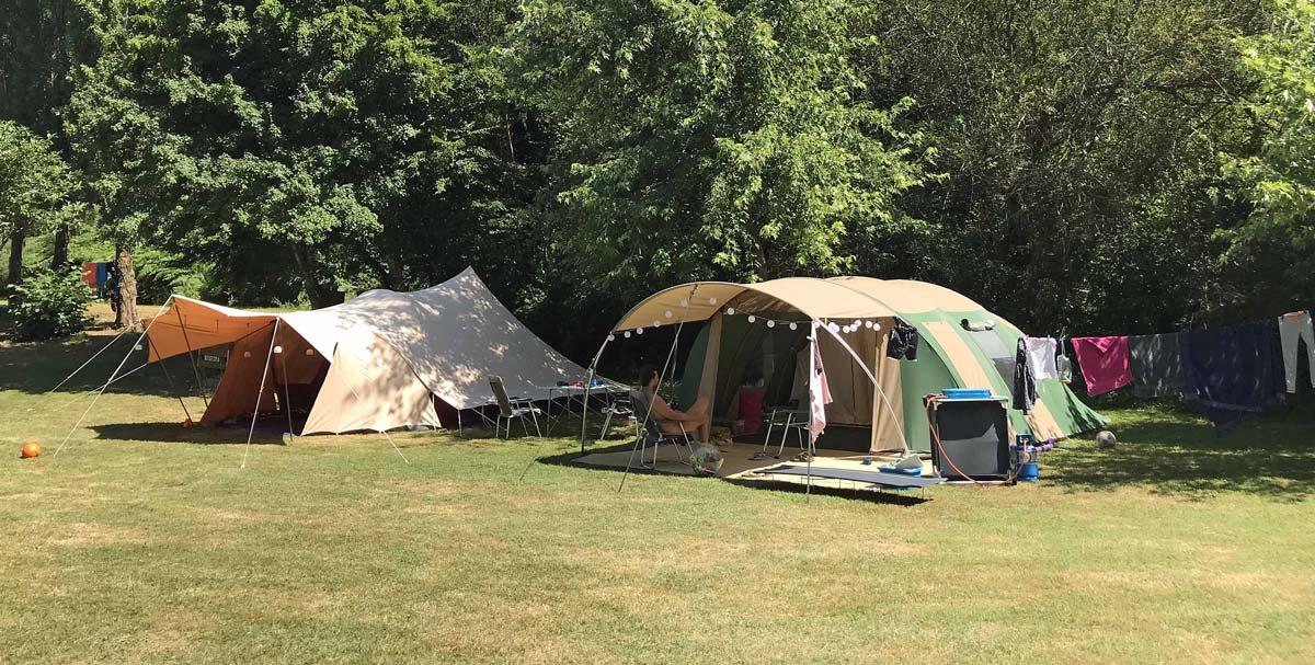 Camping dans la nature en Nouvelle Aquitaine